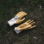 How to Choose Gardening Gloves